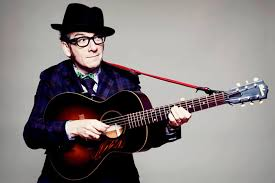 Elvis Costello suspende su tour por un cáncer