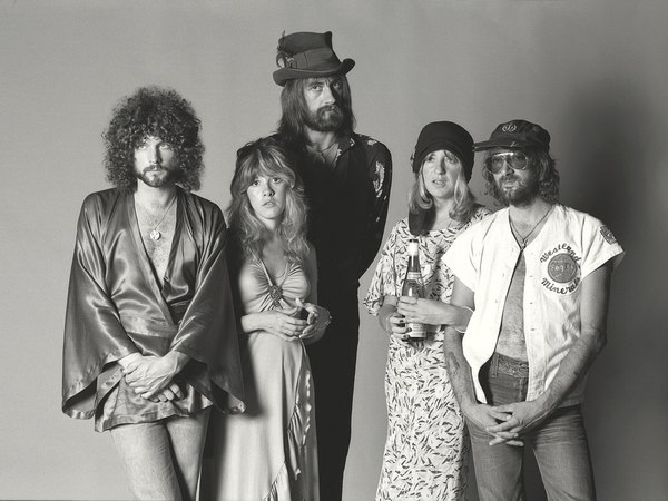 Lindsay Buckingham vs. Fleetwood Mac
