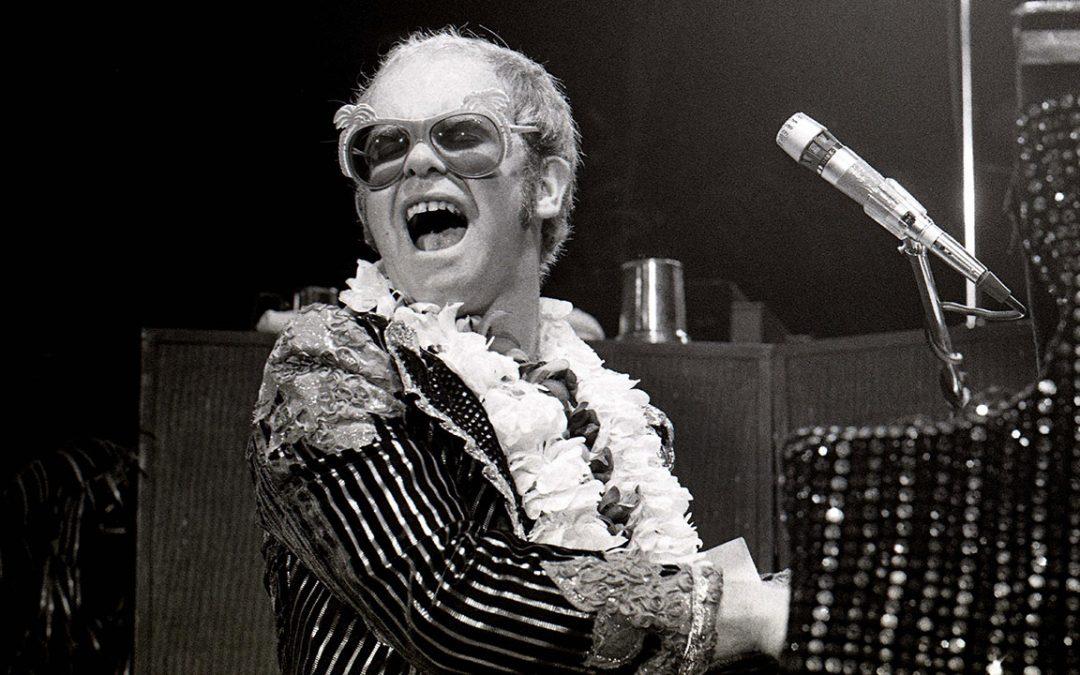 El Londres de Elton John en Rock Is Here YouTube