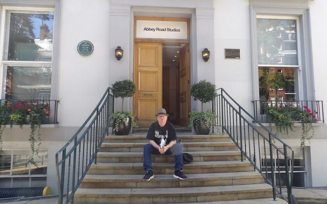 Comienzan los festejos en (y por) Abbey Road