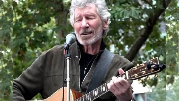 Roger Waters, a favor de Julian Assange